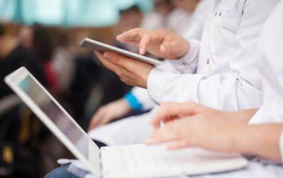 Опрос: 62% врачей заявили о нехватке сервисов дополнительного профессионального образования