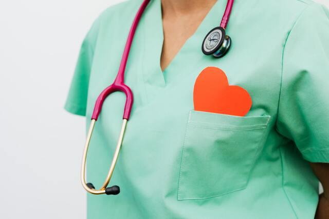 Ученые выяснили, какое артериальное давление оптимально для пожилых пациентов