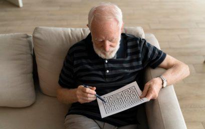 Плохое понимание речи в шумной обстановке повышает риск развития деменции